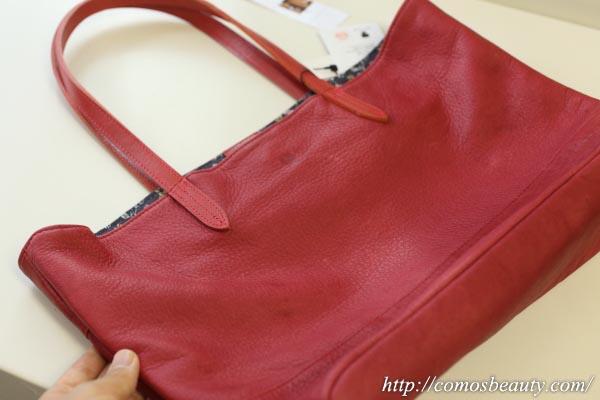 ハローキティの日本製レザートートバッグ