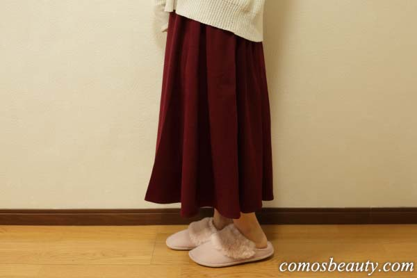 ファーとモスピンクが大人かわいいクロックスのスリッパを履いてみた